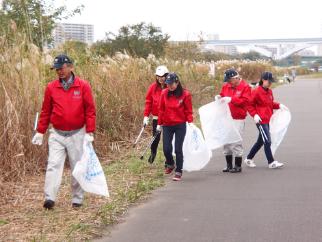 ボランティア活動(水辺サポーター)を実施しました。